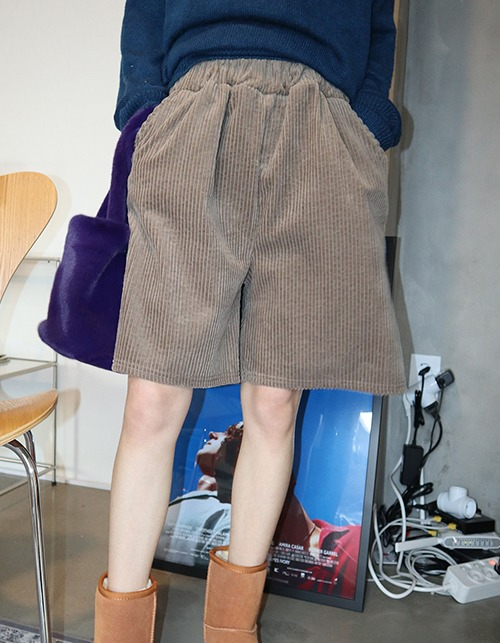 big corduroy half pants (3 colors)