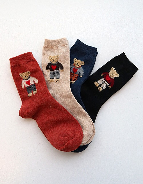 fur bear socks (4 colors)