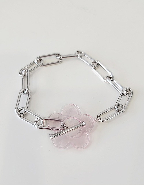 chain & clear flower bracelet